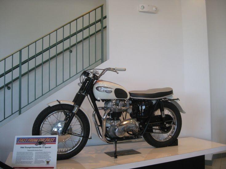 1966 Triumph Booneville TT Special