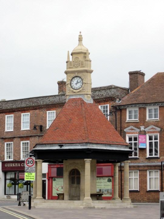 Newbury clock