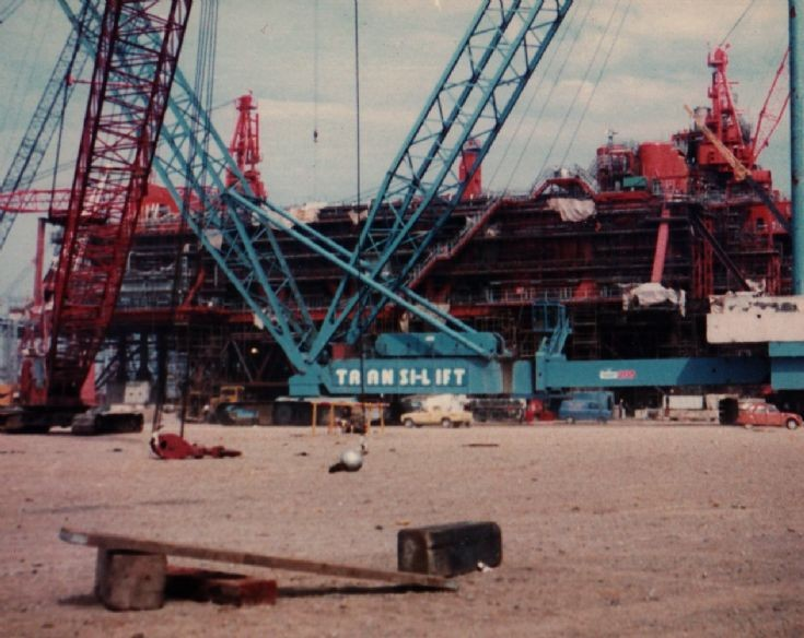 Lampson crane by the TLP deck - c1983