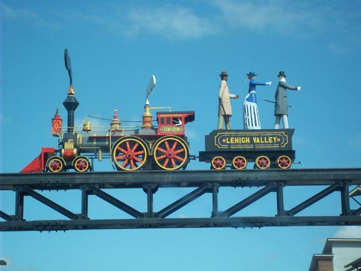 Union Steam statue