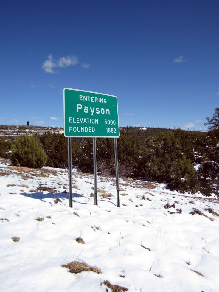 Entering Payson