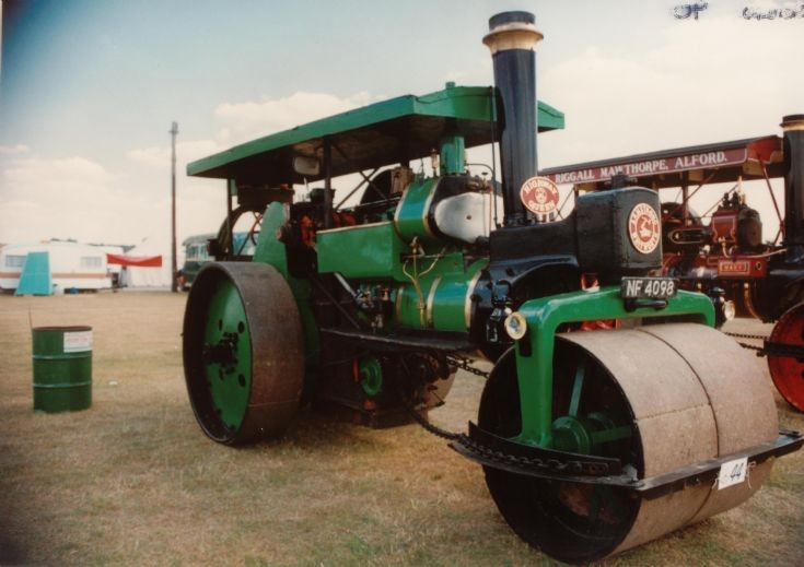 Armstronge-Whitworth roller