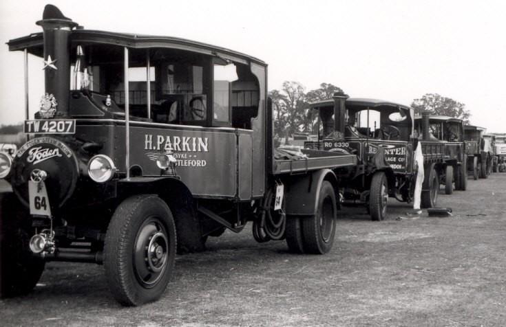 Forden Steam Wagon line-up