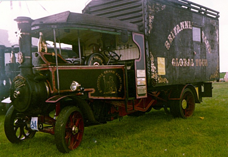 Foden steam wagon 'Global Tour'