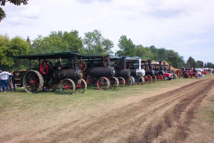 Milton Fair Traction Engine Lineup, 2003