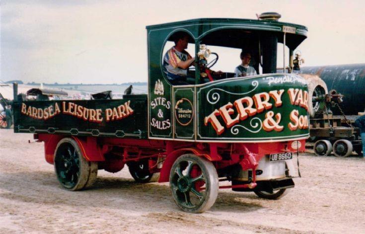 1931 Fowler Steam Waggon (UB 8660)
