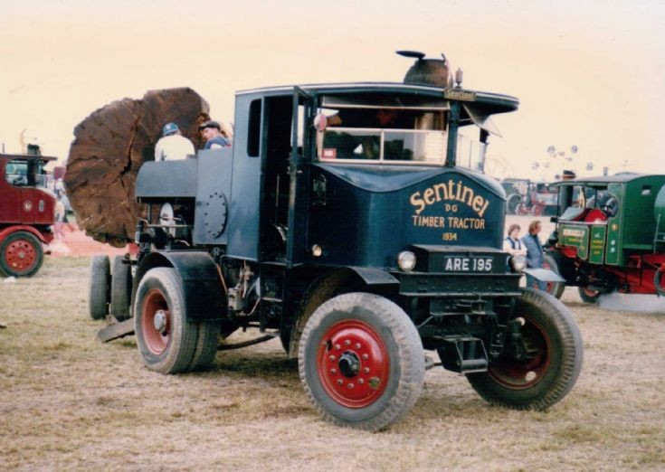 1934 Sentinel DG Timber Tractor (ARE 195)